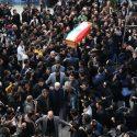 پیکر زنده یاد مرتضی پاشایی از مقابل تالار وحدت تشییع شد