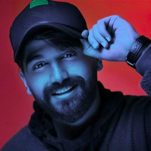 دانلود آهنگ جدید علی صدیقی به نام صد سال عشق (ریمیکس)
